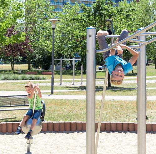 Spielplatz Plattenbau Hoyerswerda