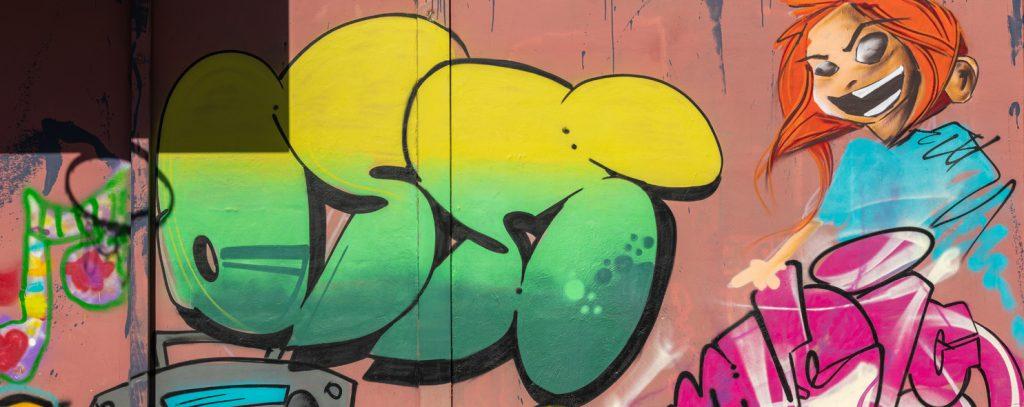 Graffiti Jugenclubhaus Ossi in Hoyerswerda