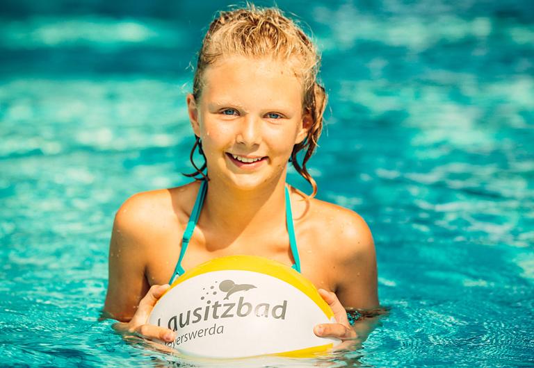 Schwimmen lernen im Lausitzbad